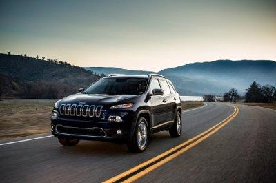 Шикарный представитель внедорожников транспортных средств - Jeep Cherokee